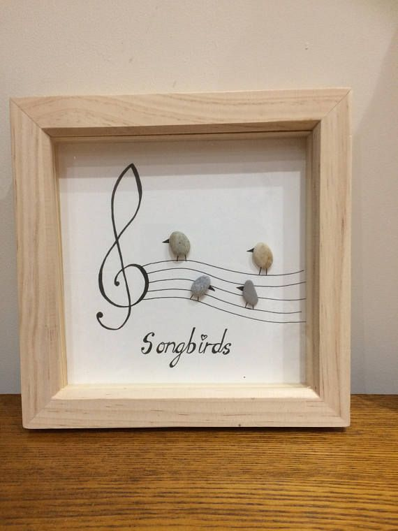 Photo of Artículos similares a Pebble art picture – Songbirds – for music lovers en Etsy