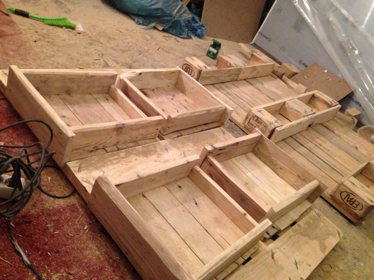 Ikea Couchtisch Mit Schubladen Making Of Pallet Table Coffee Couch Table From Euro Pallets
