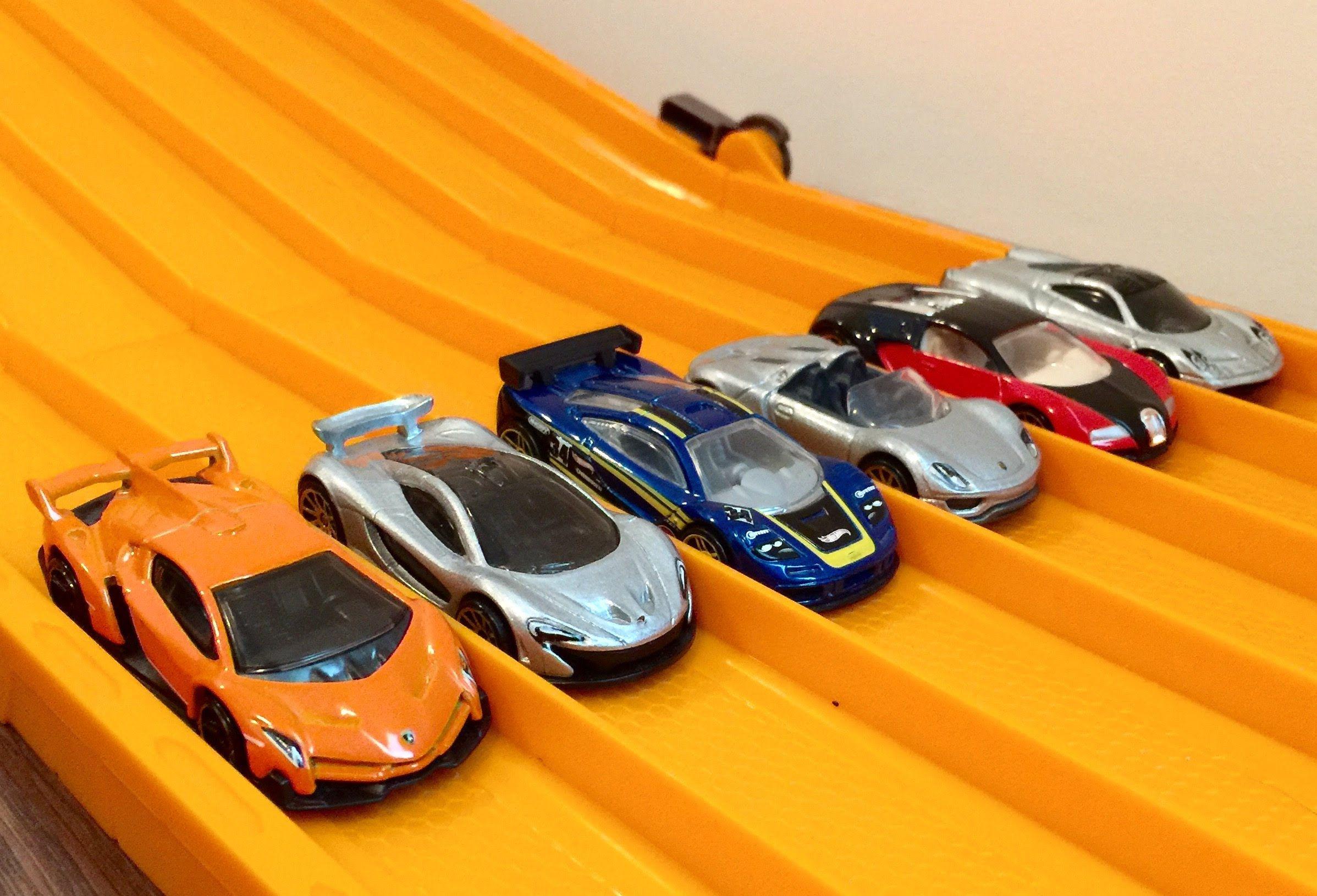 Race Ferrari Vs Lamborghini Vs Porsche Vs Bugatti Vs Mclaren F1 Bugatti Ferrari Lamborghini