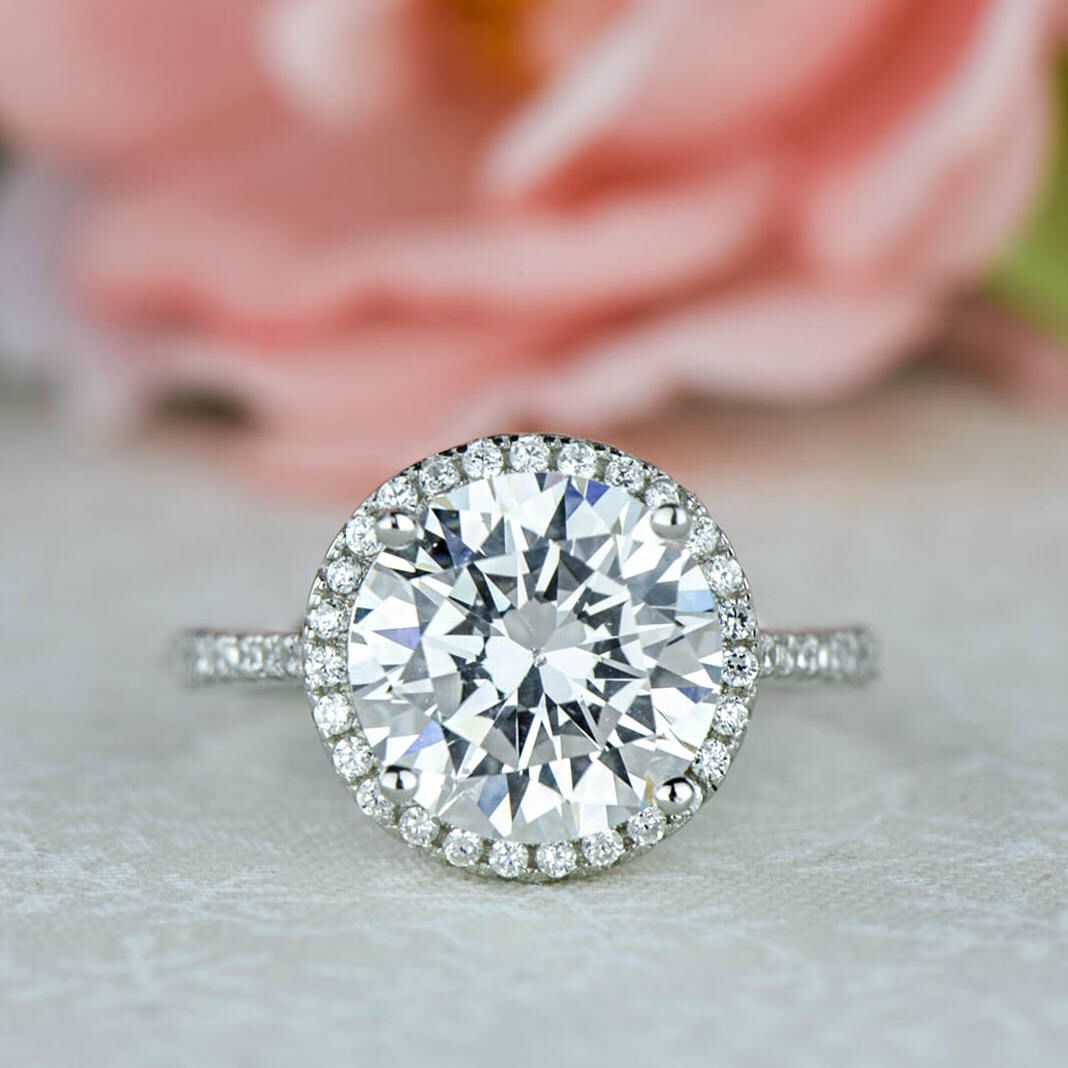 SALE 4.25 ctw Round Halo Wedding Ring, Classic Halo Engagement Ring ...