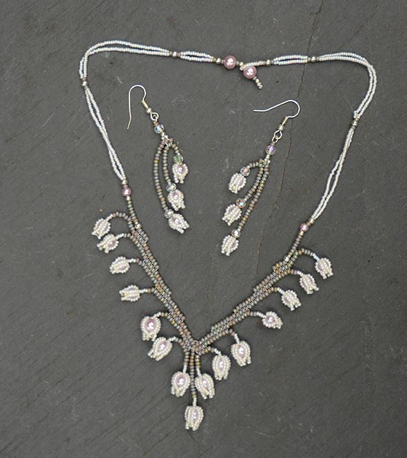 Bluebell Necklace white and lilac