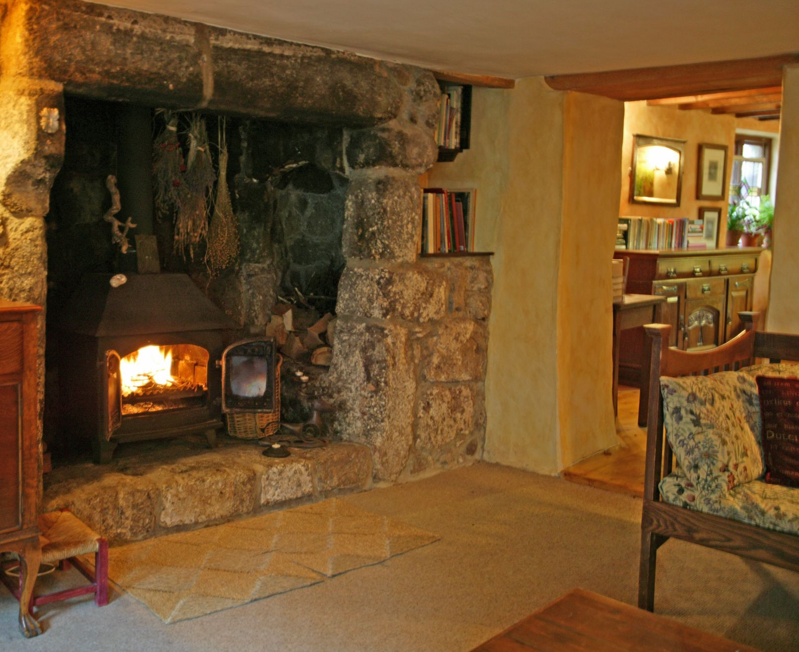 Large Walk In Hearth With Woodstove Weaver S Cottage Classic