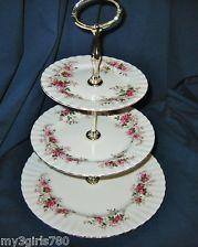 Royal Albert Servies Lavender Rose.Royal Albert Lavender Rose 3 Tier Server I Would Love To Have