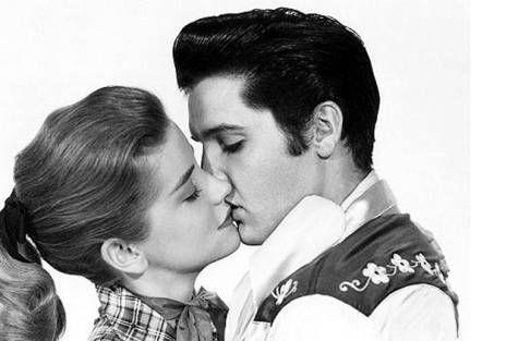 Elvis Presley love and kissing compilation @ www.wikilove.com