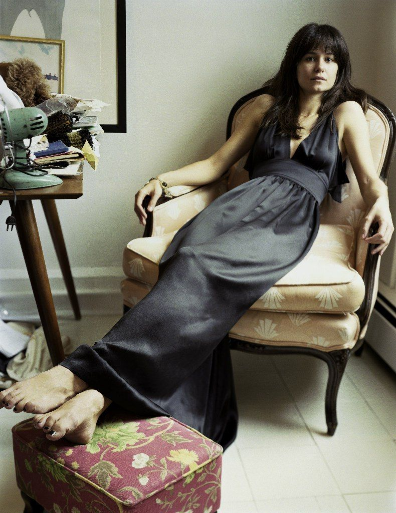 Paparazzi Feet Katherine Waterston naked photo 2017