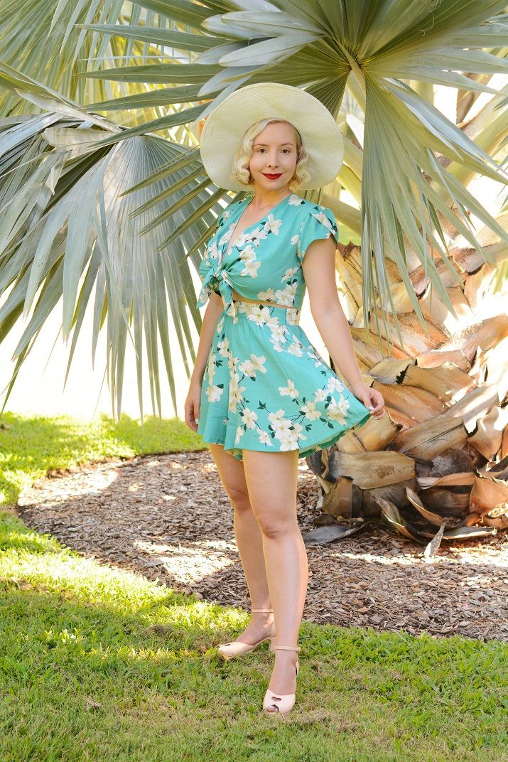 1940s two piece in dogwood