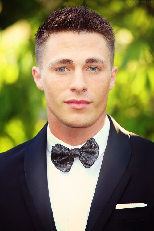 Colton Haynes Hairstyle Colton Haynes Taper Fade Haircut