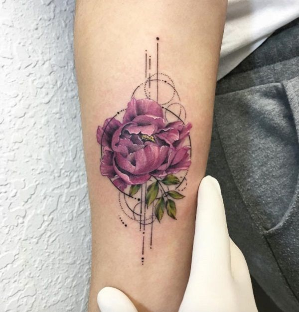 The real looking peony tattoo, is next in our picks, because of the fact that this not only look stunning on your arm, but also, it would help you to catch attention of others.