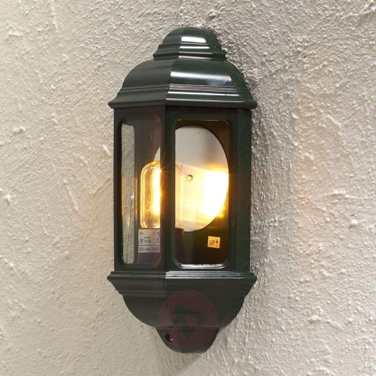 oświetlenie zewnętrzne domu drewnianego   lampy ogrodowe