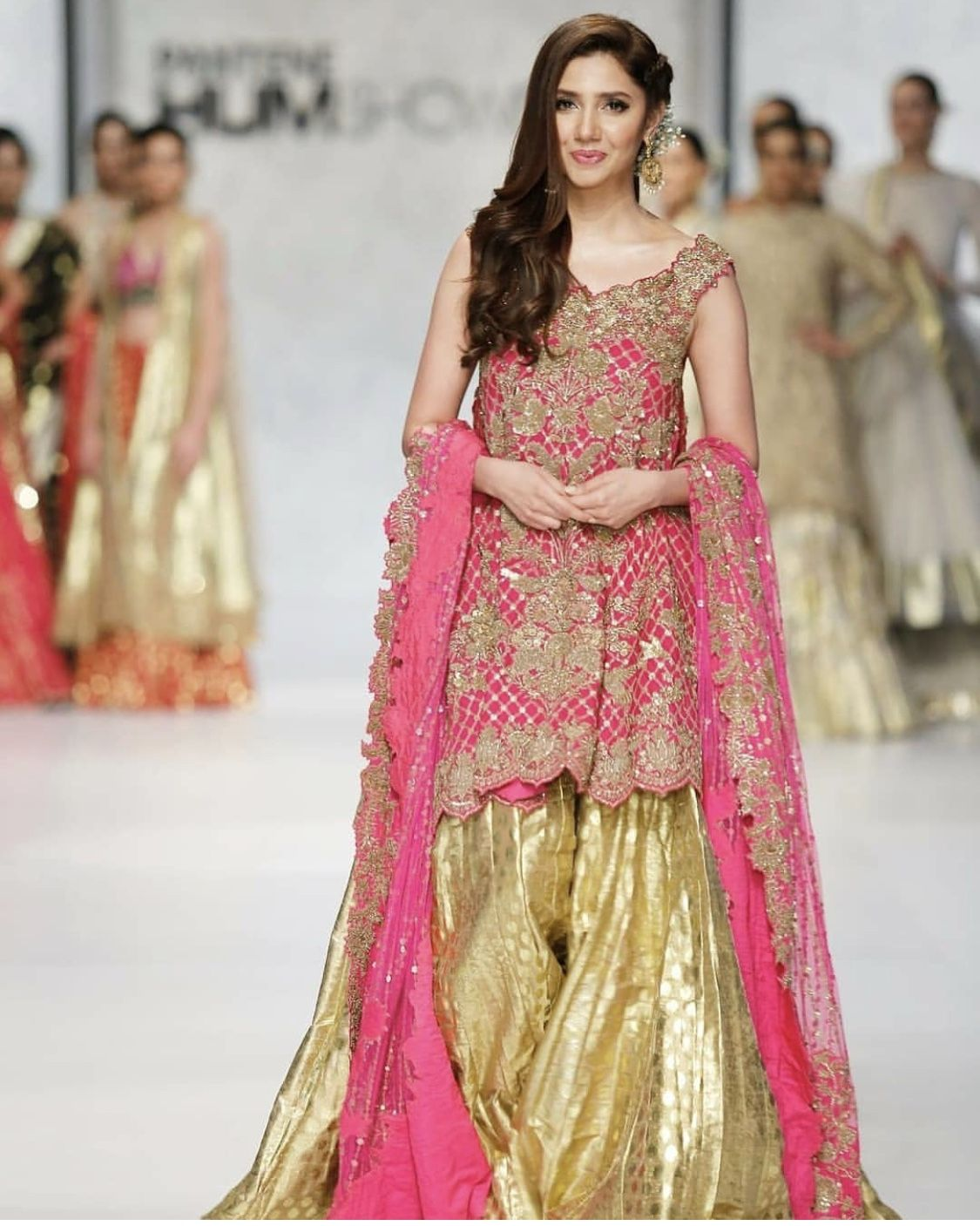 Pin de SyeDa JafRi en Wedding Dresses.. | Pinterest