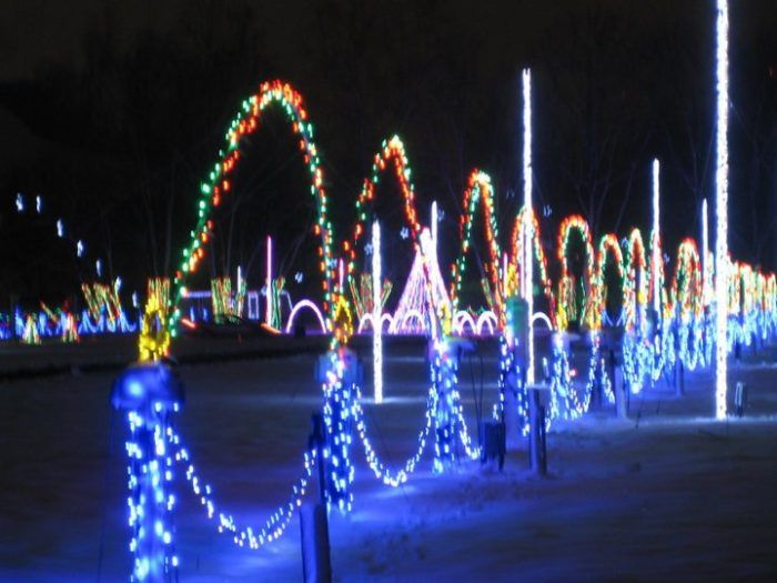You Will Love This Dreamy Ride Through The Largest Drive-Thru Light Show Near Pittsburgh ...