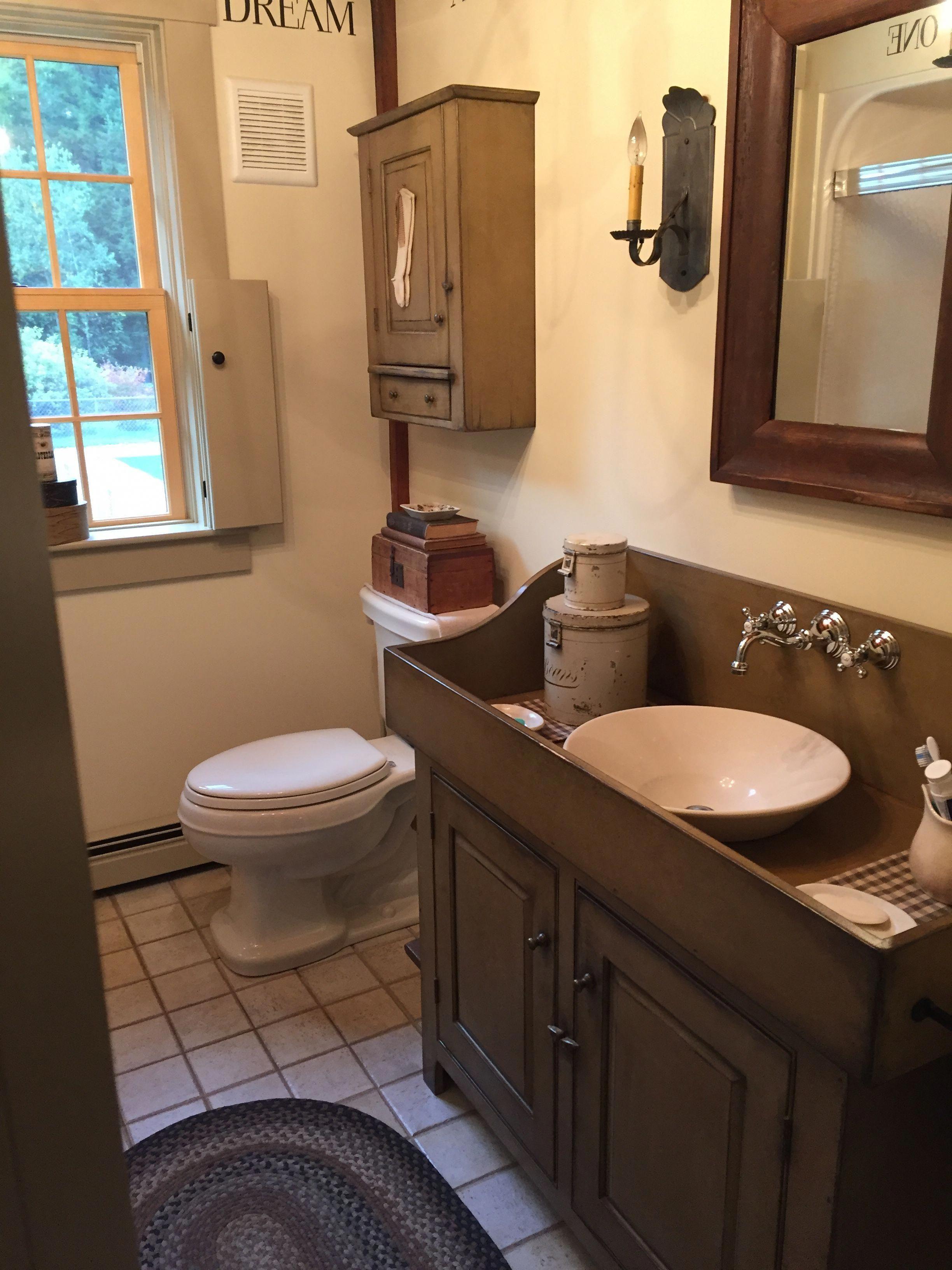 10 Impressive Rustic Diy Sink Vanity Farmhouse Style Rustic Diy Sink Vanity Farmhouse Primitive Bathrooms Primitive Country Bathrooms Diy Sink Vanity