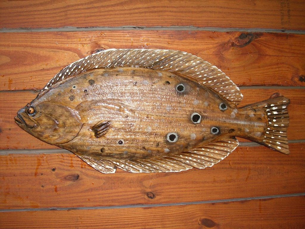 Flounder 26 chainsaw wood fish carving art sealed flatfish saltwater rustic beach home decor indoor outdoor wall mount fishing sculpture