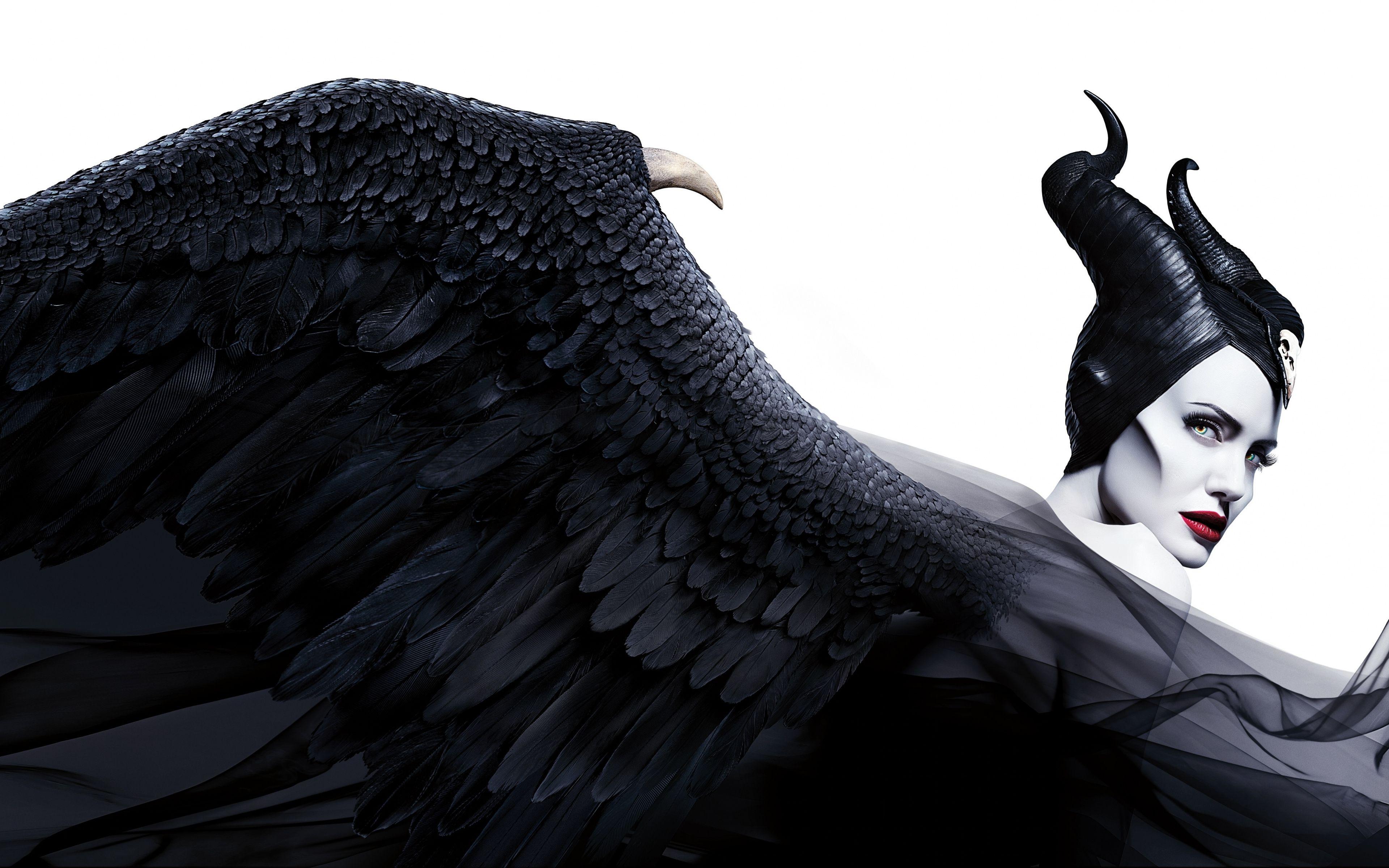3840x2400 Witch Big Wings Maleficent Mistress Of Evil Angelina Jolie 2019 Movie Wallpaper Angelina Jolie Maleficent Maleficent Maleficent Cosplay