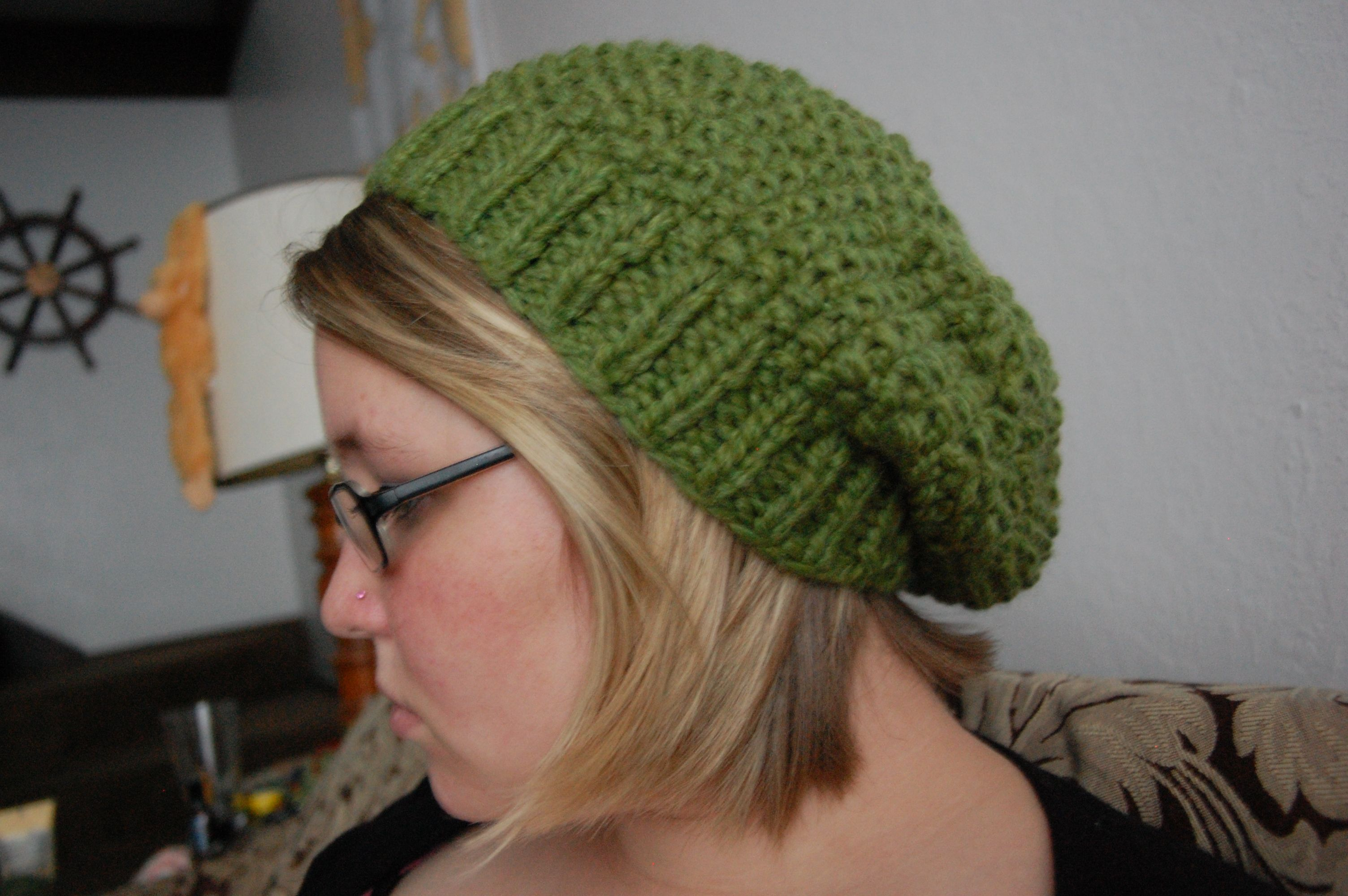 I finished my Lemon Grass Slouchy Hat sooner than I thought I would ...