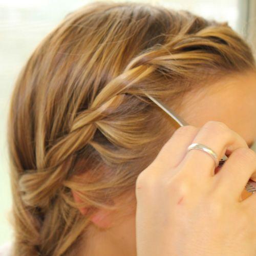 Haare Seitlich Eindrehen