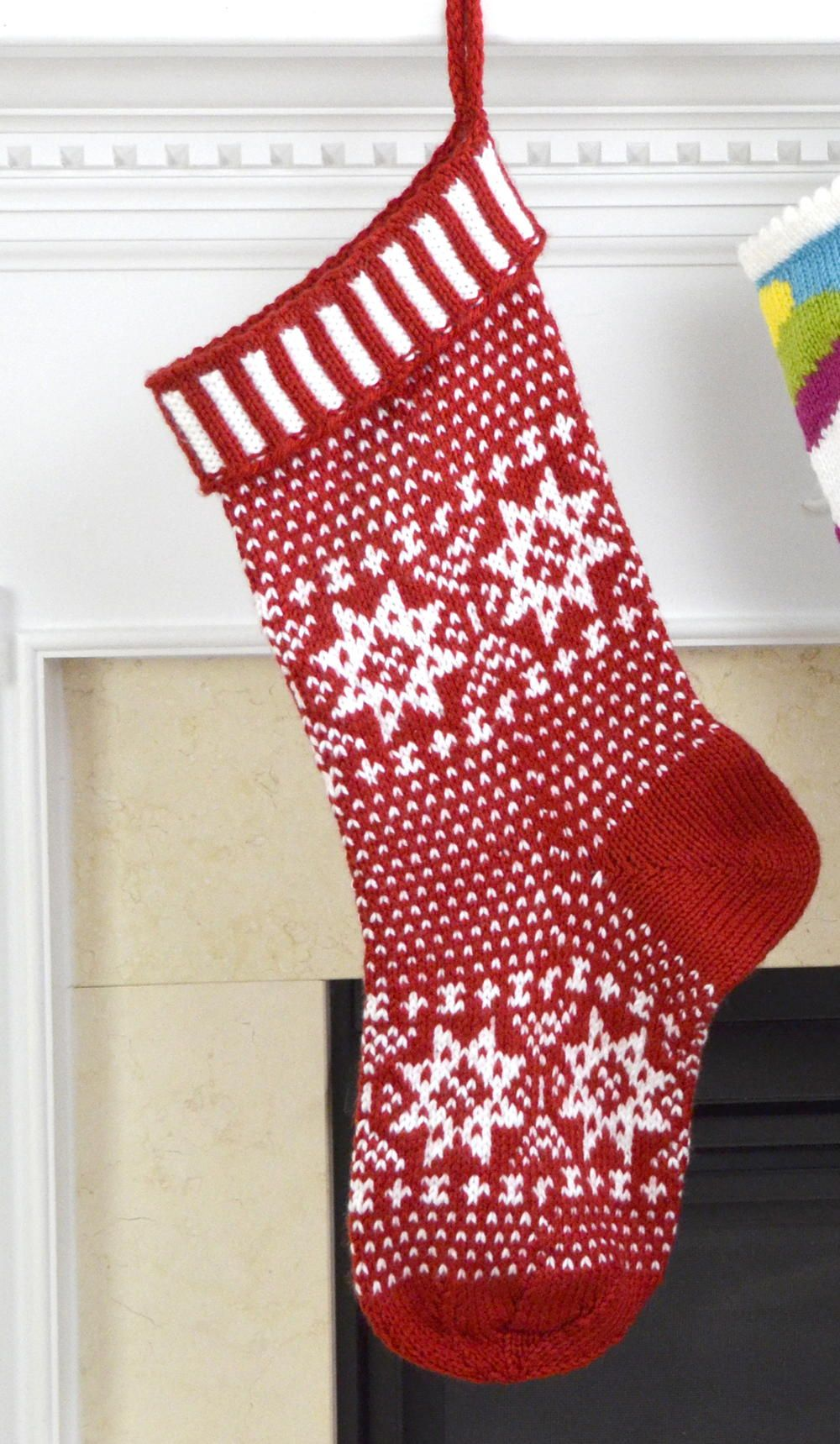 Scandinavian Knit Stocking Pattern | Stocking pattern, Stockings and ...