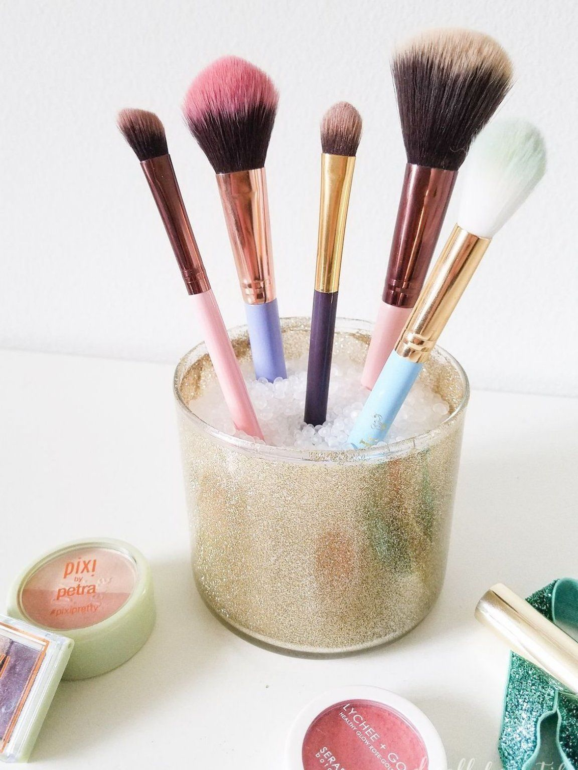 Learn how to make a beautiful DIY makeup brush holder by