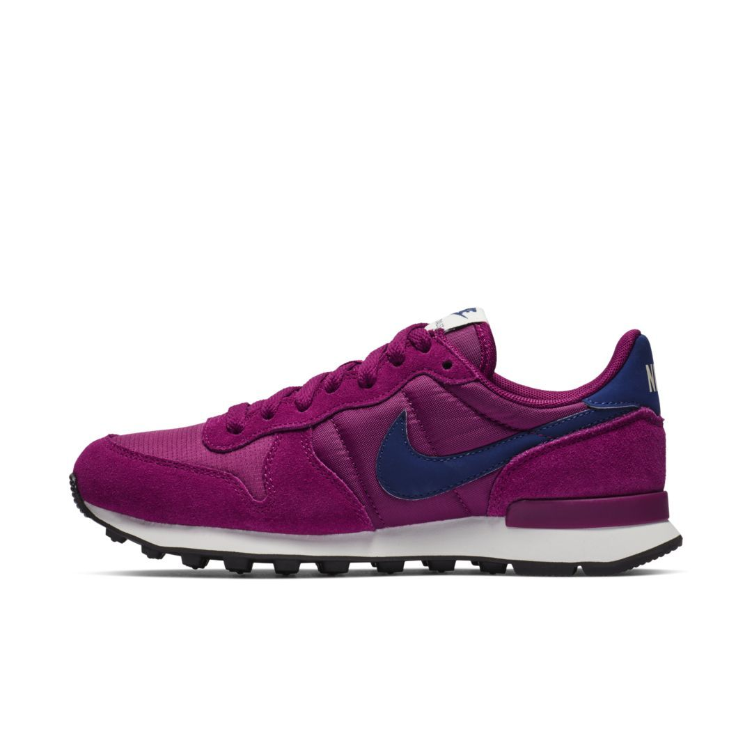 official photos 3d0f9 bb09d Nike Internationalist Women s Shoe Size 12 (True Berry)