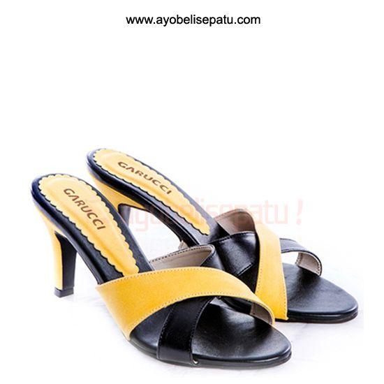 Yellow Heel Sandal - IDR120.000 Sandal wanita high heel dengan model elegant material bahan syntetic. #sandalwanita #sandalhighheel