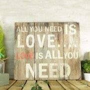 Cartel de madera All you need is love
