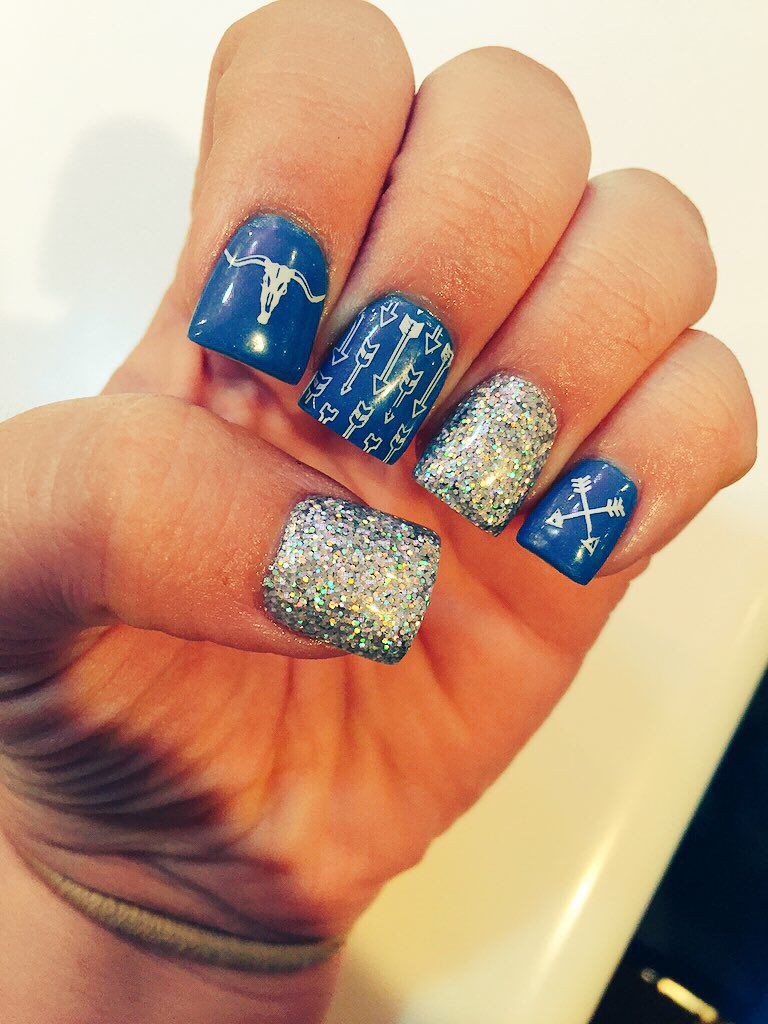western themed nails with arrows