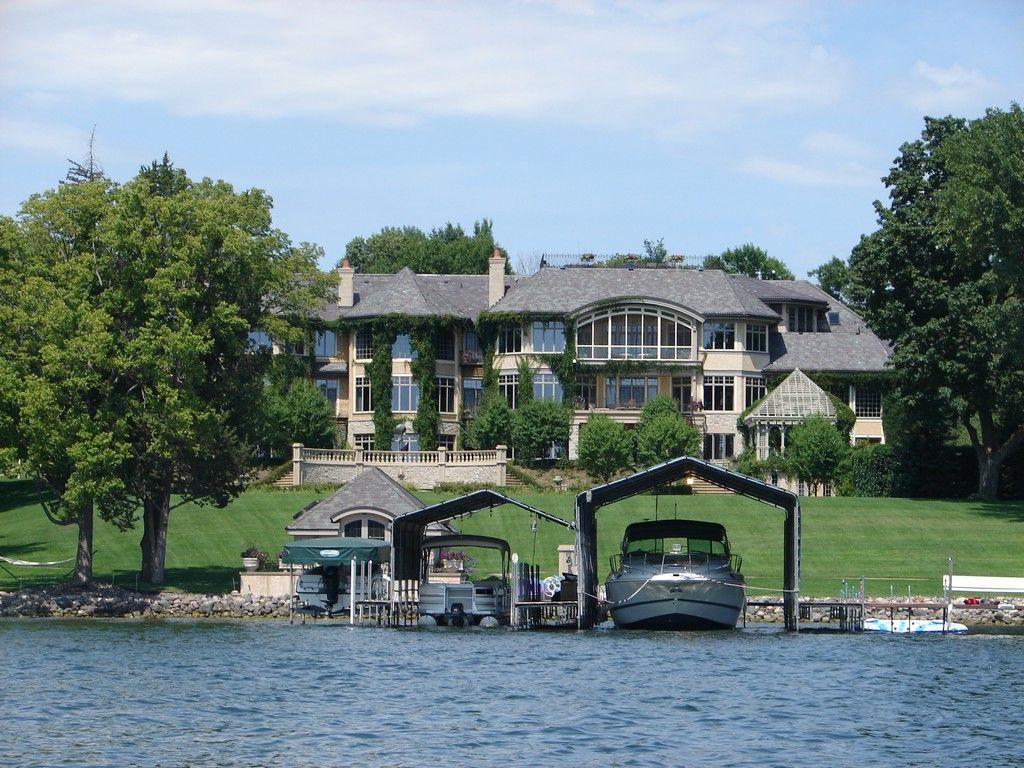 Big house lake minnetonka r lake minnetonka for Large house builders