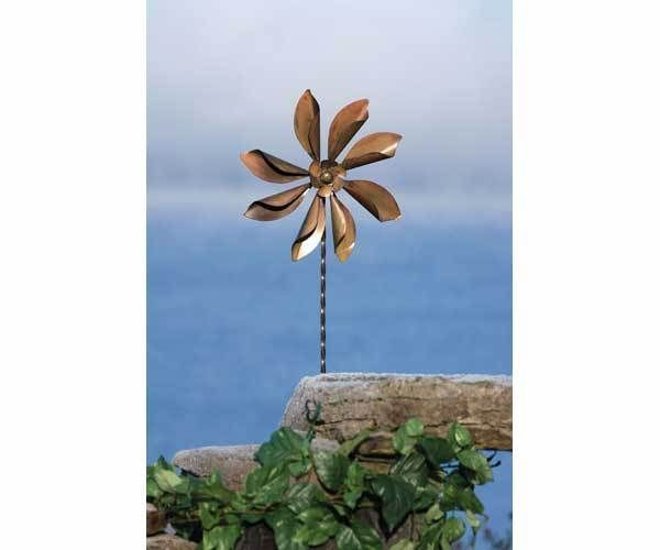 Kinetic Garden Sculpture | 1000x1000