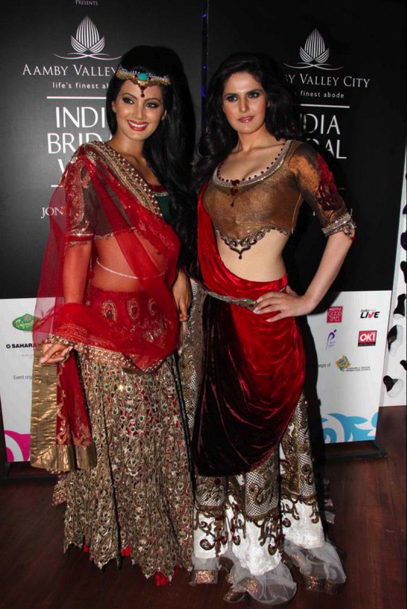 Design of saree blouse sareebrideleswordpresszarinegeetag