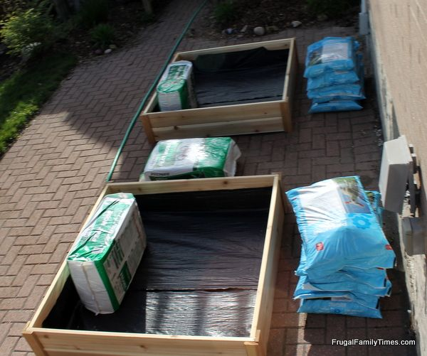 Superieur Growing Vegetables In Our Driveway: The Best Soil For Raised Garden Beds