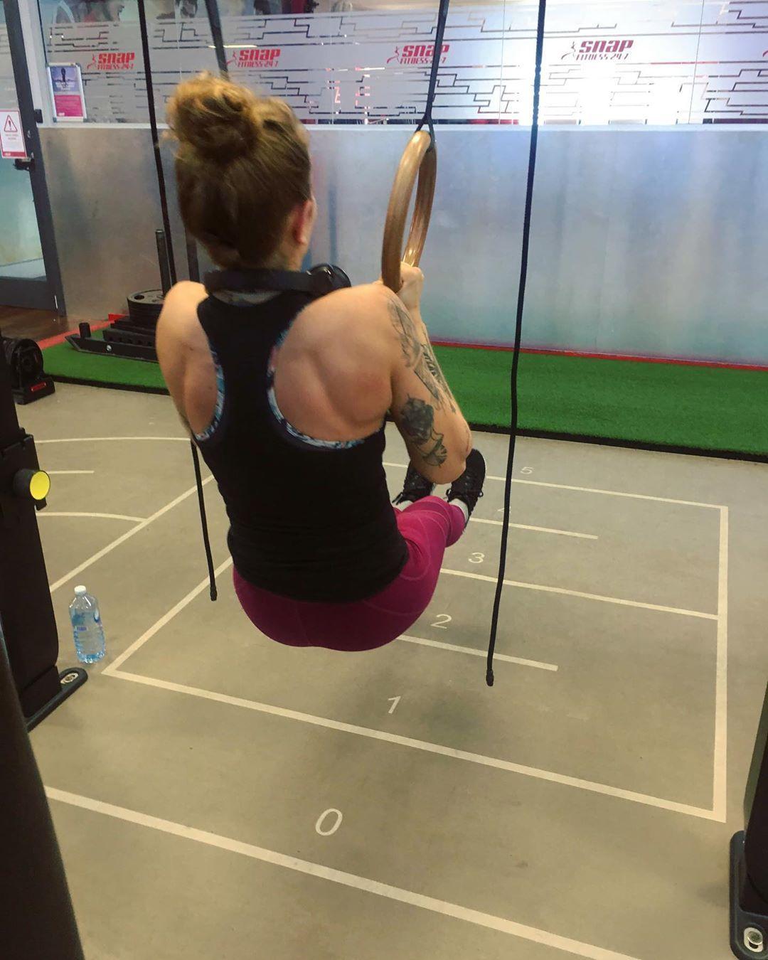 Sunday sesh 🙃 . . . . . . . . #fitness #fitnessmotivation #fitnessgoals #fitnessgirl #gym #gymmotiva...