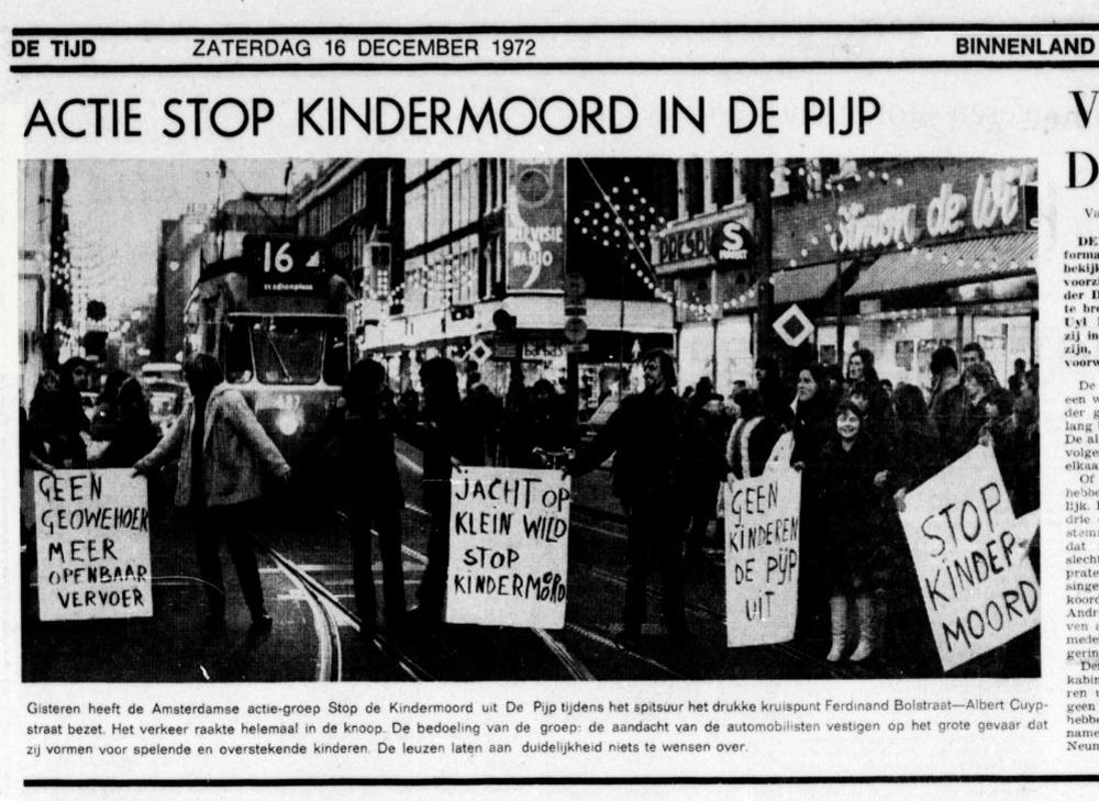 Amsterdam Children Fighting Cars In 1972 Car Ins Amsterdam Amsterdam City