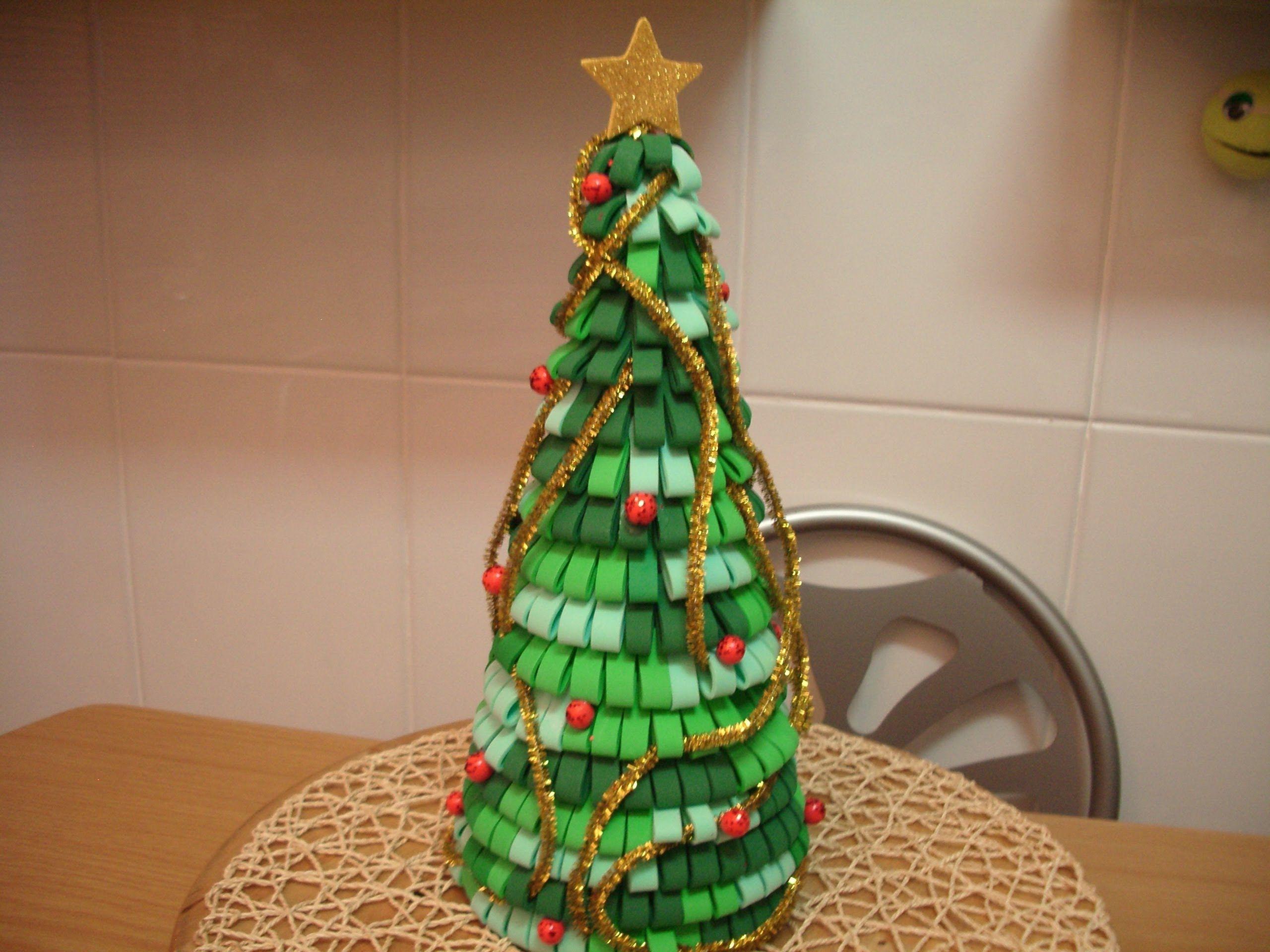 Como Hacer Arbol De Navidad Con Goma Eva Fimo Pinterest