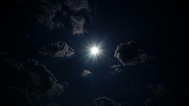 Sun Photo by Nalinne Jones on EyeEm