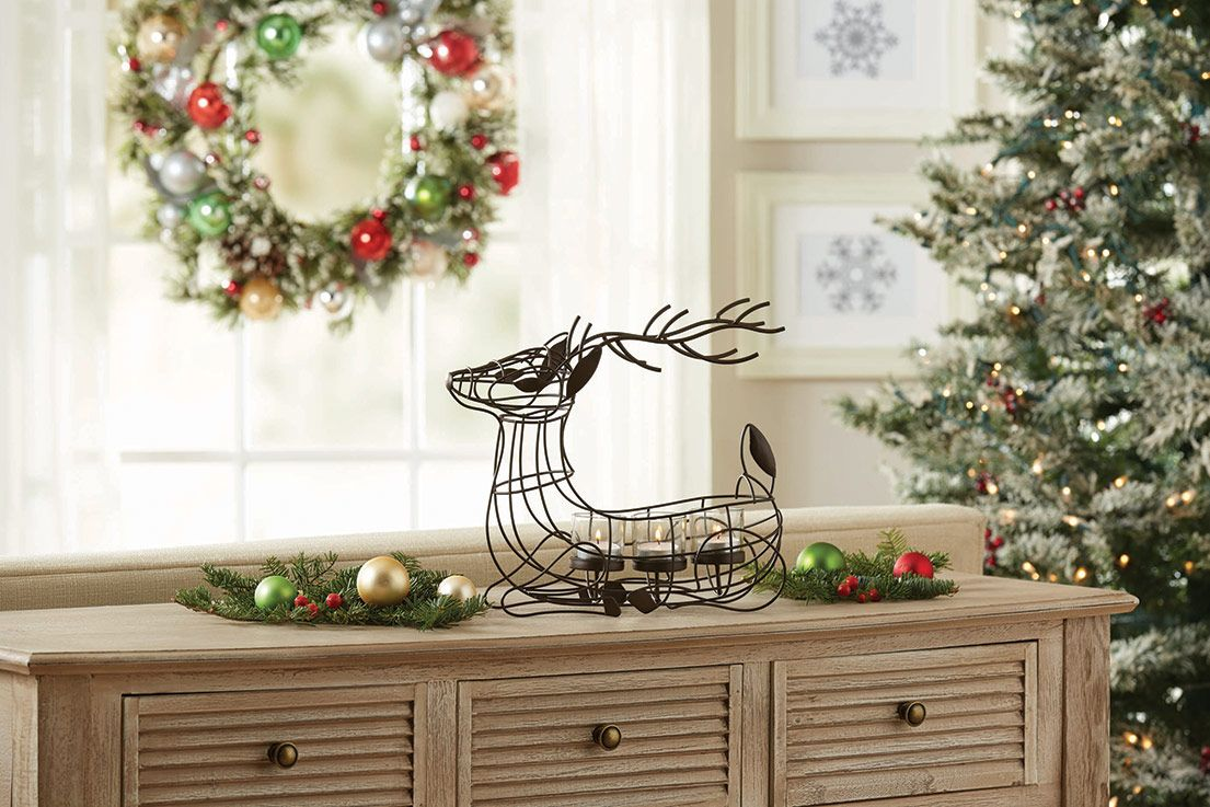 Add A Rustic Touch To Your Holiday Decor With This Wire