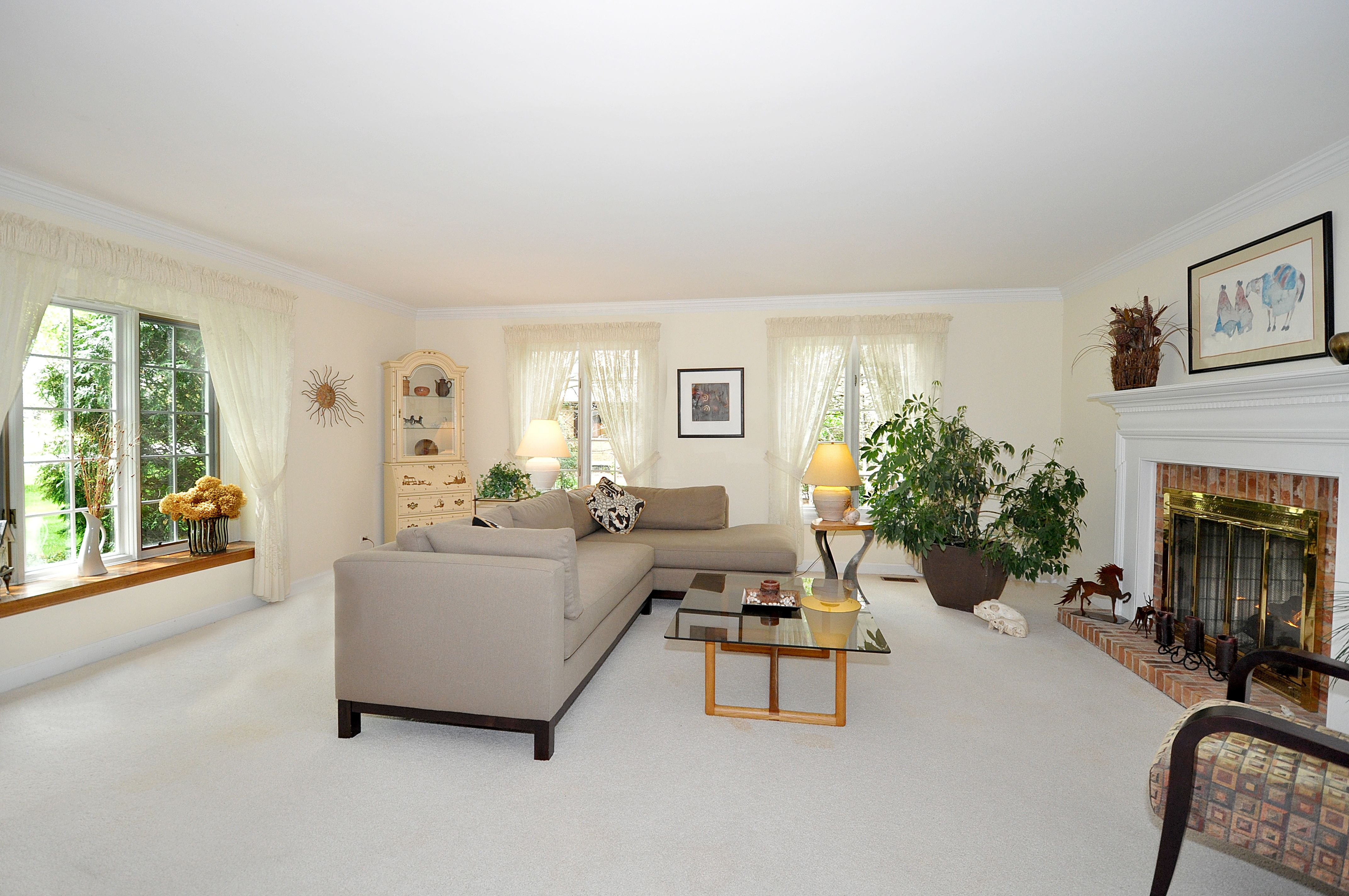 Hawthorn Woods, IL | Lovely Living & Family Rooms | Pinterest ...