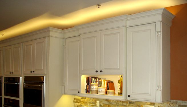 Cove Lighting Above Cabinets