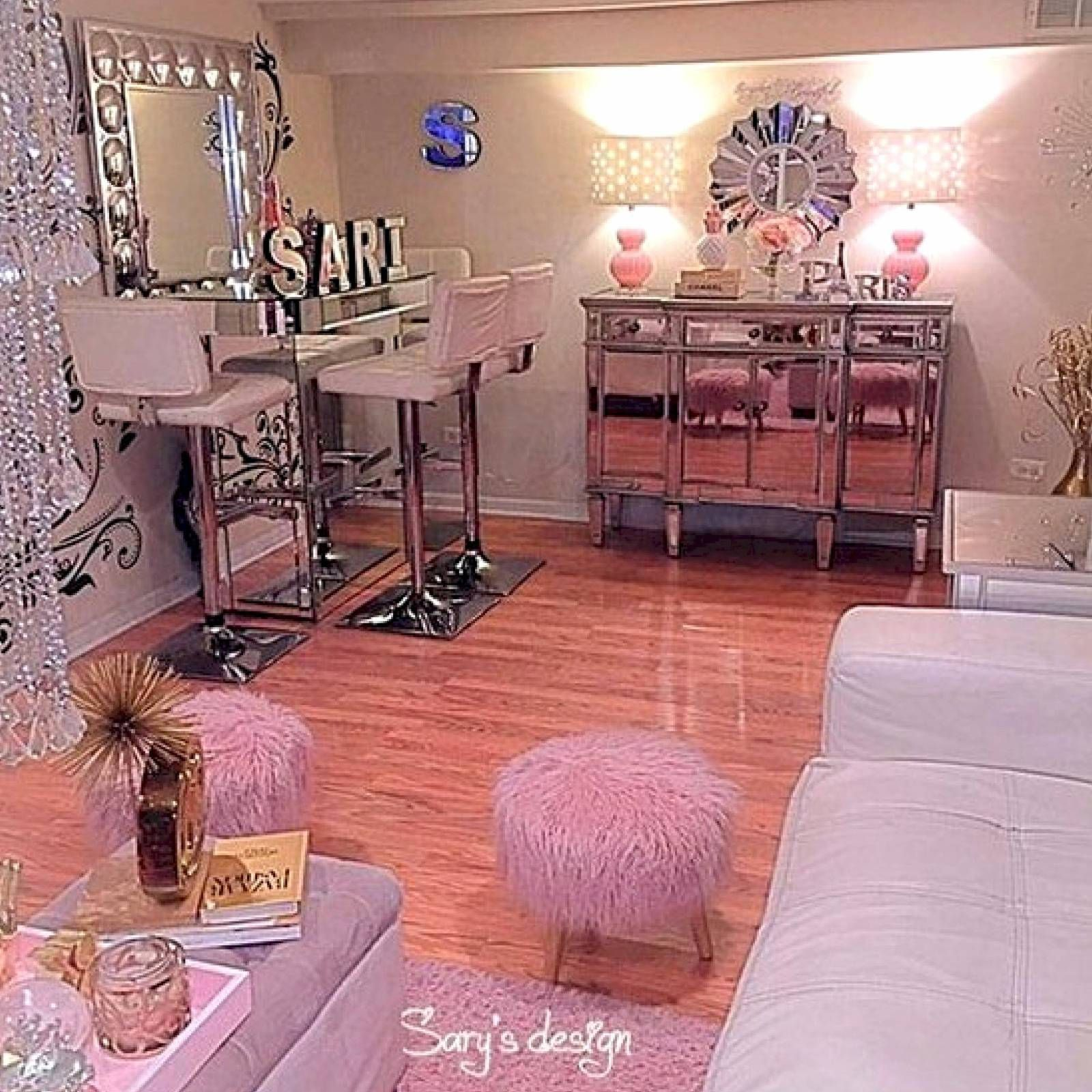 Make Your Beauty Room A Reflection Of Who You Are And ... on Makeup Room Design  id=21270