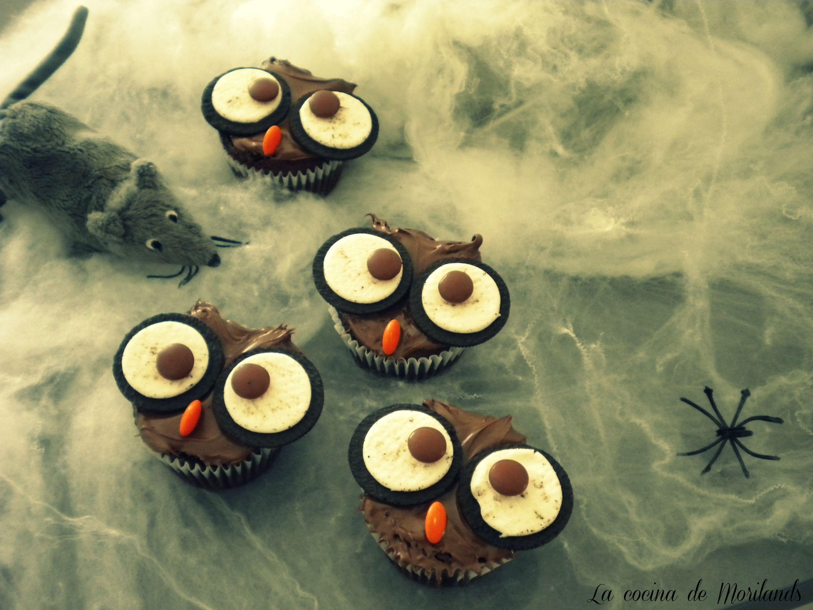 HALLOWEN'S OWLS cupcake and oreos