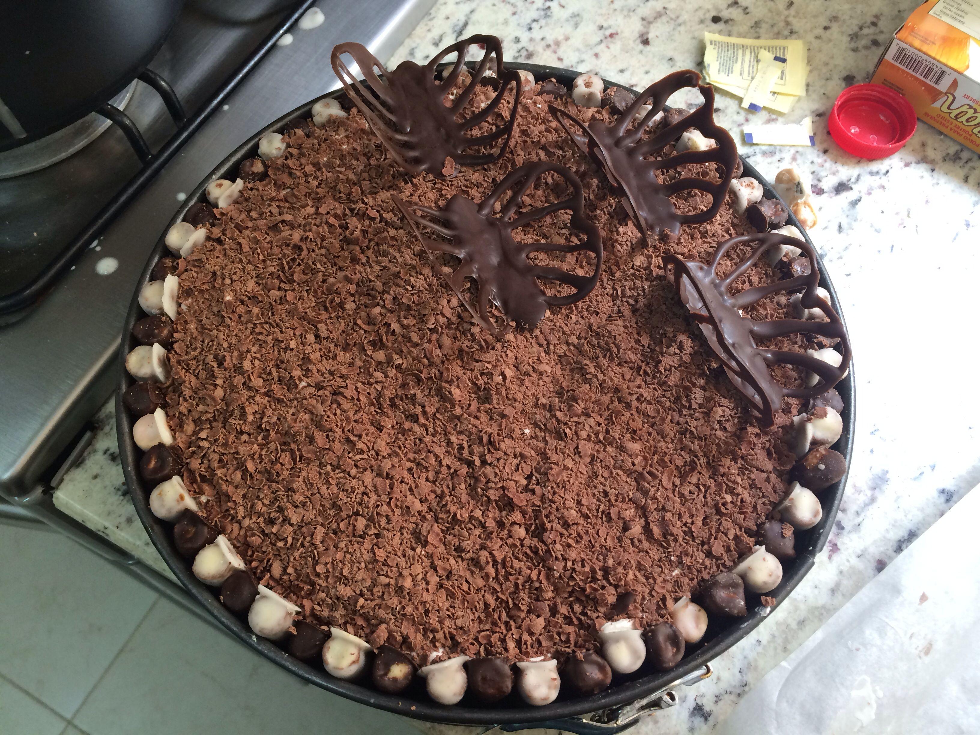 pastel de Tiramisu con galletas de cigarro cubiertas en chocolate ...