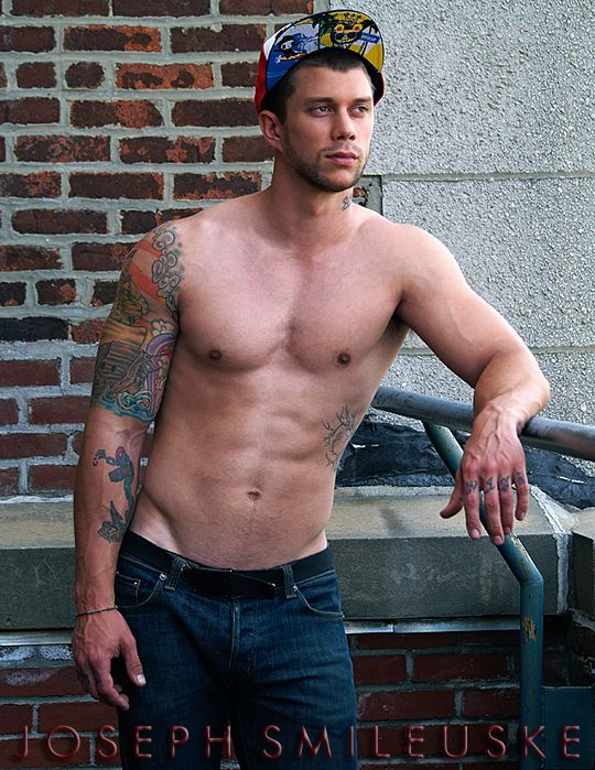 single gay men in south heights Meet loads of single gay guys in south heights with mingle2's free south heights gay dating site online free registration gives you instant access to a world of available pennsylvania gay.