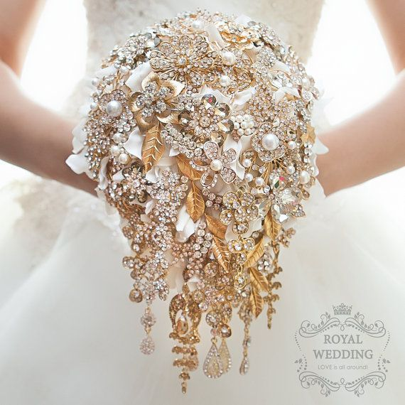 Brooch Bouquet Wedding Bridal Bridesmaids Jewelry Hydrangea Cascading Gold And White