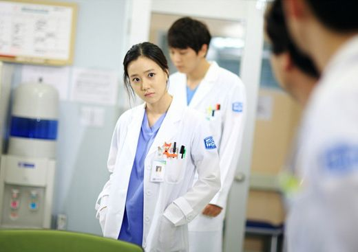 Joo Sang-wook and Moon Chae-won suit up for Good Doctor » Dramabeans