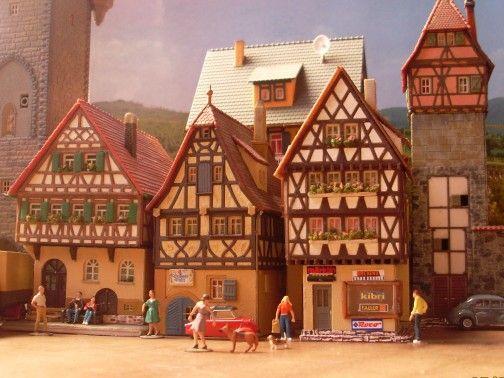 Bausatz Faller, Kibri, Vollmer mit Preiser miniaturfiguren