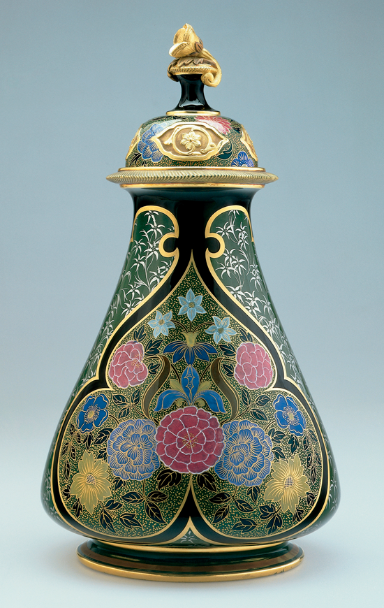 Worcester Porcelain Vase Text From Site Late 19th Century British Manufacturers Mined The World Cincinnati Art Carnegie Museum Of Art Antique Porcelain