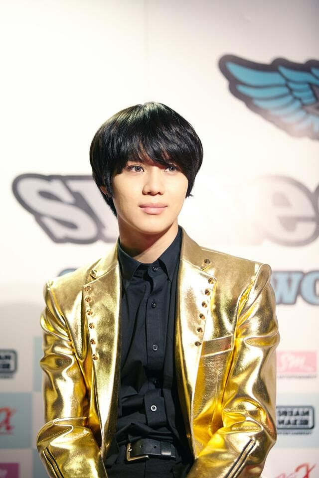 """Twitter / SMTownFamily: {OFFICIAL} 140408 #SHINee CONCERT  """"SHINee WORLD Ⅲ"""" in SANTIAGO: Taemin"""