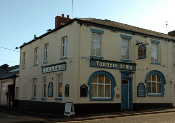 A long-established Preston pub which is now derelict could be turned into student flats.