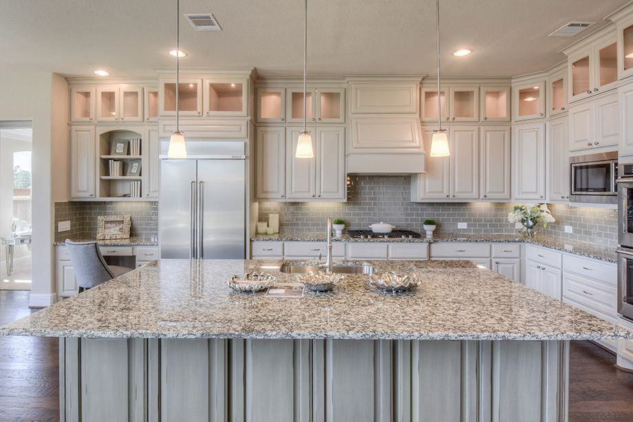 Explore the Bellwynn Hill Country - a Toll Brothers quick move-in home available…