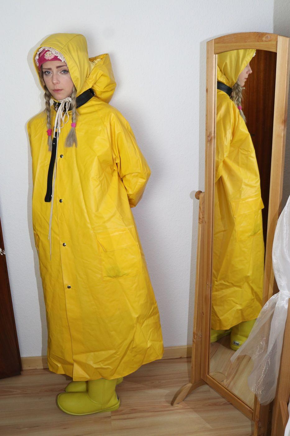 Pin von Mit Friesennerz und Lederhose auf Regenmantel in 2019 | Pinterest |  Winter fashion outfits, Rain wear und Raincoat