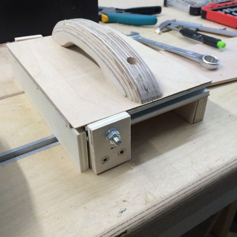f hrungshilfe f r tischkreiss ge bauanleitung zum selber bauen werkstatt pinterest. Black Bedroom Furniture Sets. Home Design Ideas
